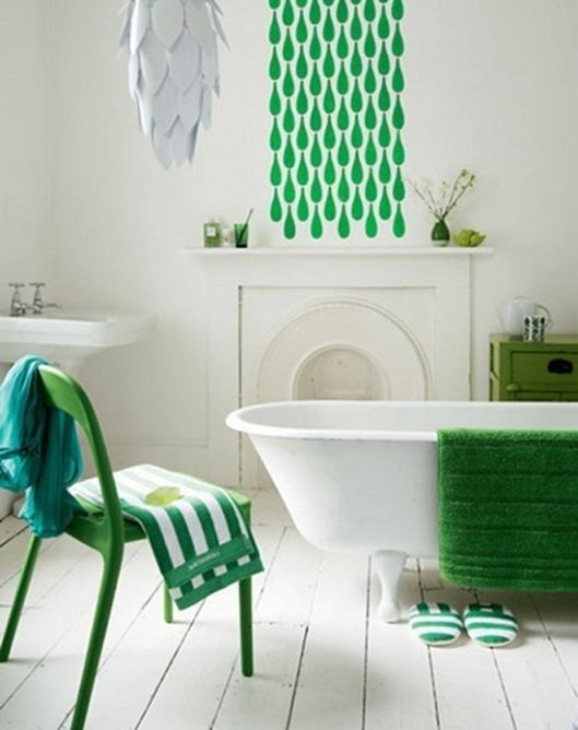 modern-green-and-white-bathroom-January-2013-Color-of-the-Month-Emerald-Green-Pantone-Inspired-Color-Design-Decor-Trends-and-Ideas