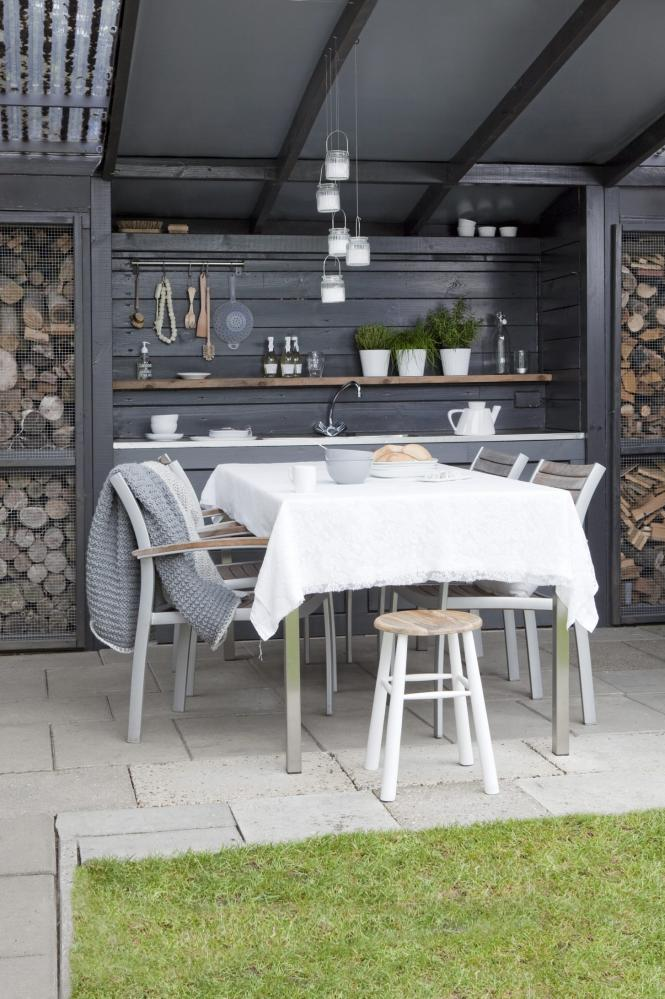 decorette-dining-outdoor