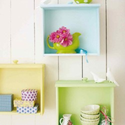 colorful-diy-wall-storage-of-old-drawers-1-500x652.jpg