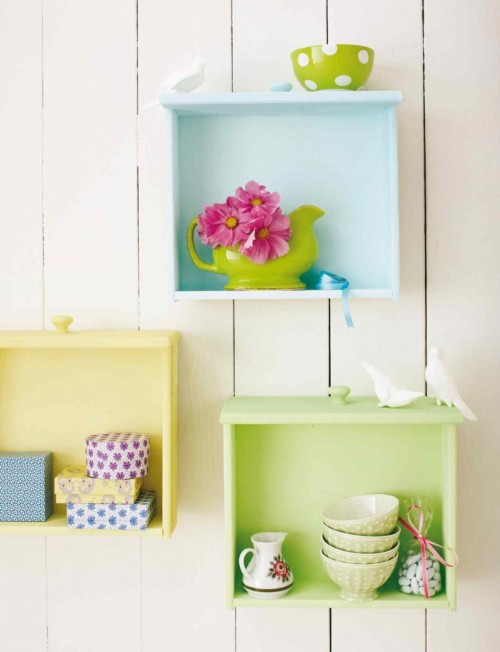 colorful-diy-wall-storage-of-old-drawers-1-500x652